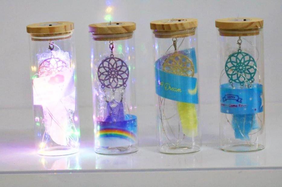 علبة زجاجية للرسائل مضيئة دريم كاتشر